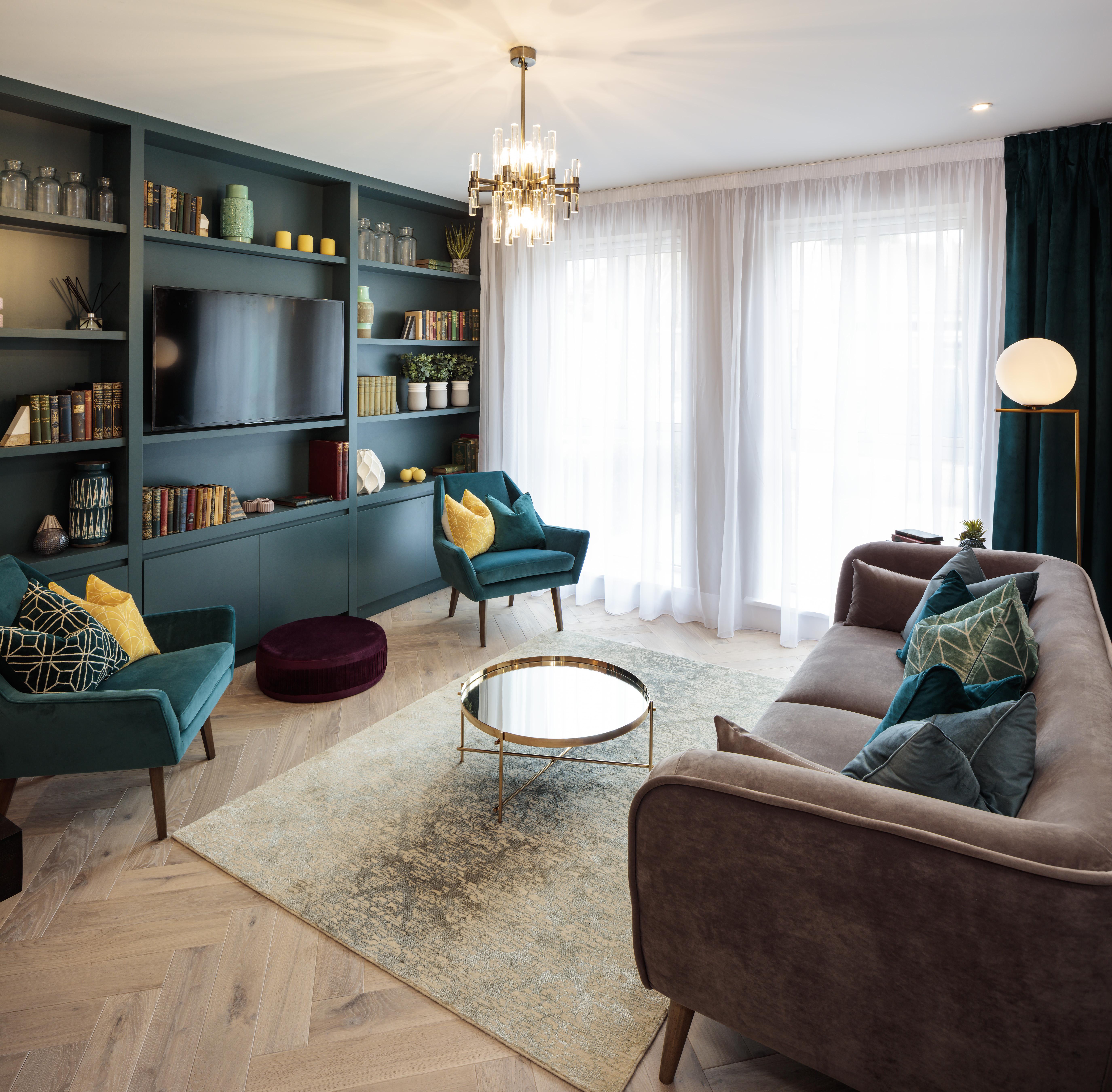 Auburn Green Living Room Oppermann